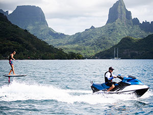 Seawolf luxury charters in French Polynesia onboard SeaWolf, on a custom-built vessel designed specifically for your comfort and enjoyment.